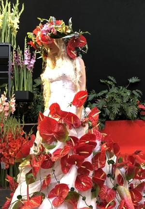 Hochzeitskleid mit Anthurien