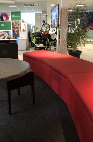 Rote Sitzbank aus Leder